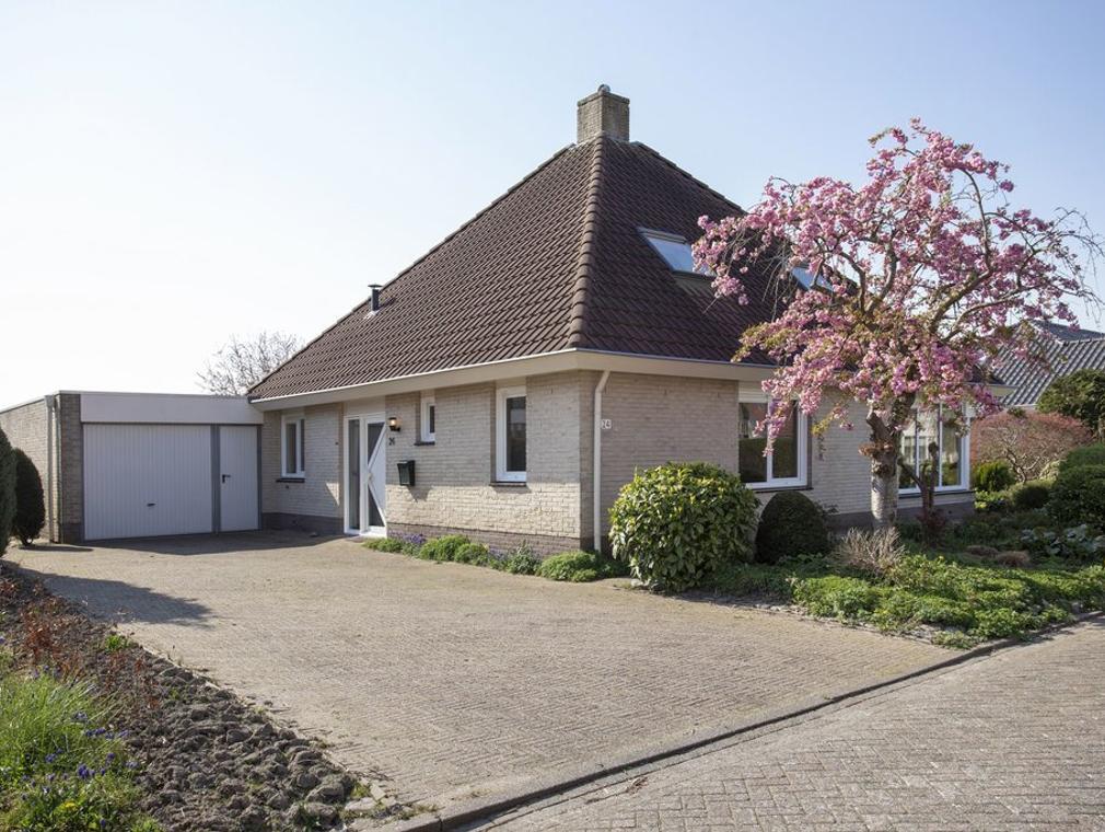 Tarwehof 24 in Biddinghuizen 8256 GK