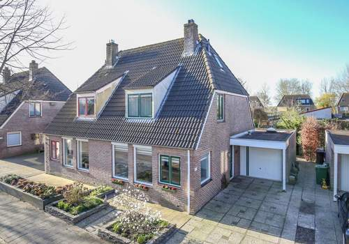 Kruidendreef 104 in Dronten 8252 BJ