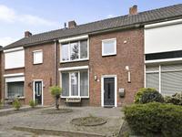 Cederhoutstraat 17 in Helmond 5706 XB