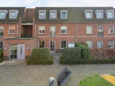 Schefferstraat 25 in Rhoon 3161 DH