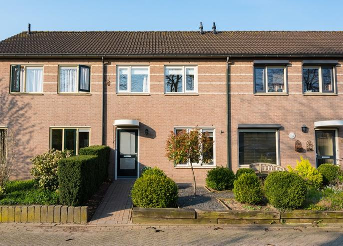 Korenbloemstraat 7 in Steenderen 7221 AN