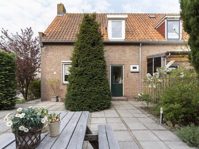Wilhelminastraat 4 in Lekkerkerk 2941 CB