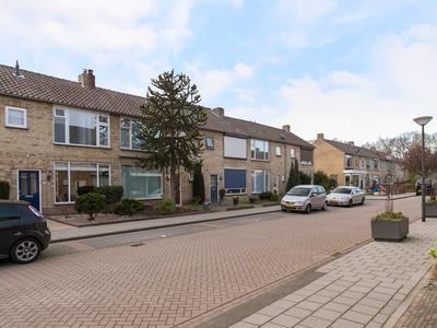 Abeelstraat 21 in Waalwijk 5143 BE
