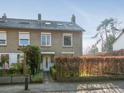 Michiel De Ruyterstraat 93 in Waalre 5582 JL