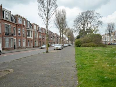 Van Boetzelaerlaan 50 in 'S-Gravenhage 2581 AK
