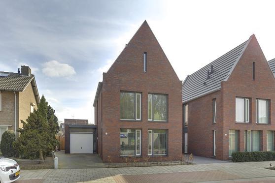 Kloosterstraat 24 in Loon Op Zand 5175 BJ