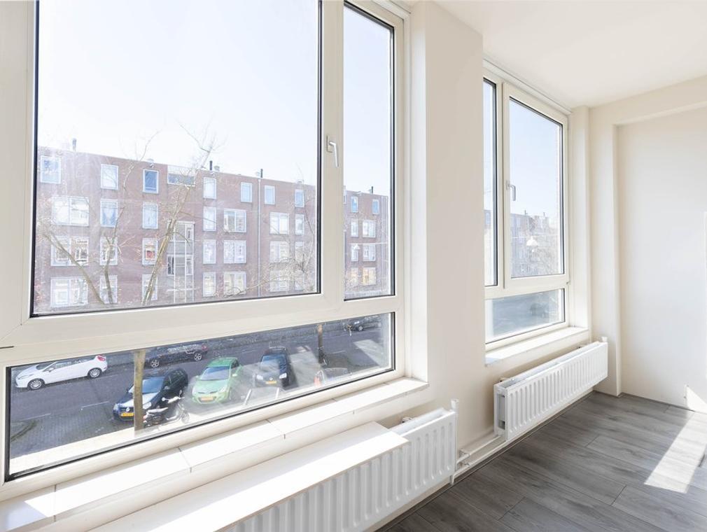 Boeninlaan 85 in Amsterdam 1102 TH