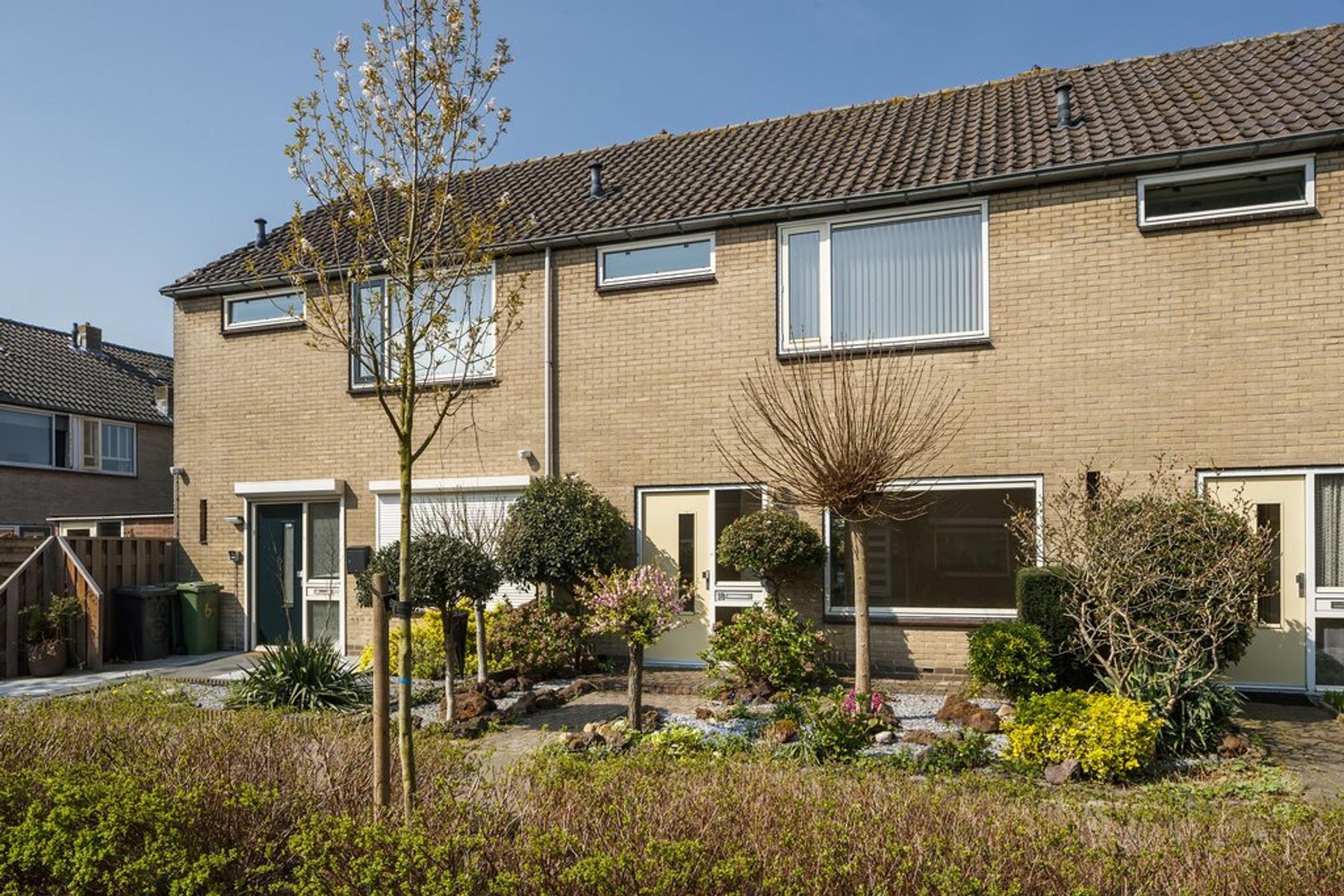 Hazelaarstraat 18 in Nieuwegein 3434 TC