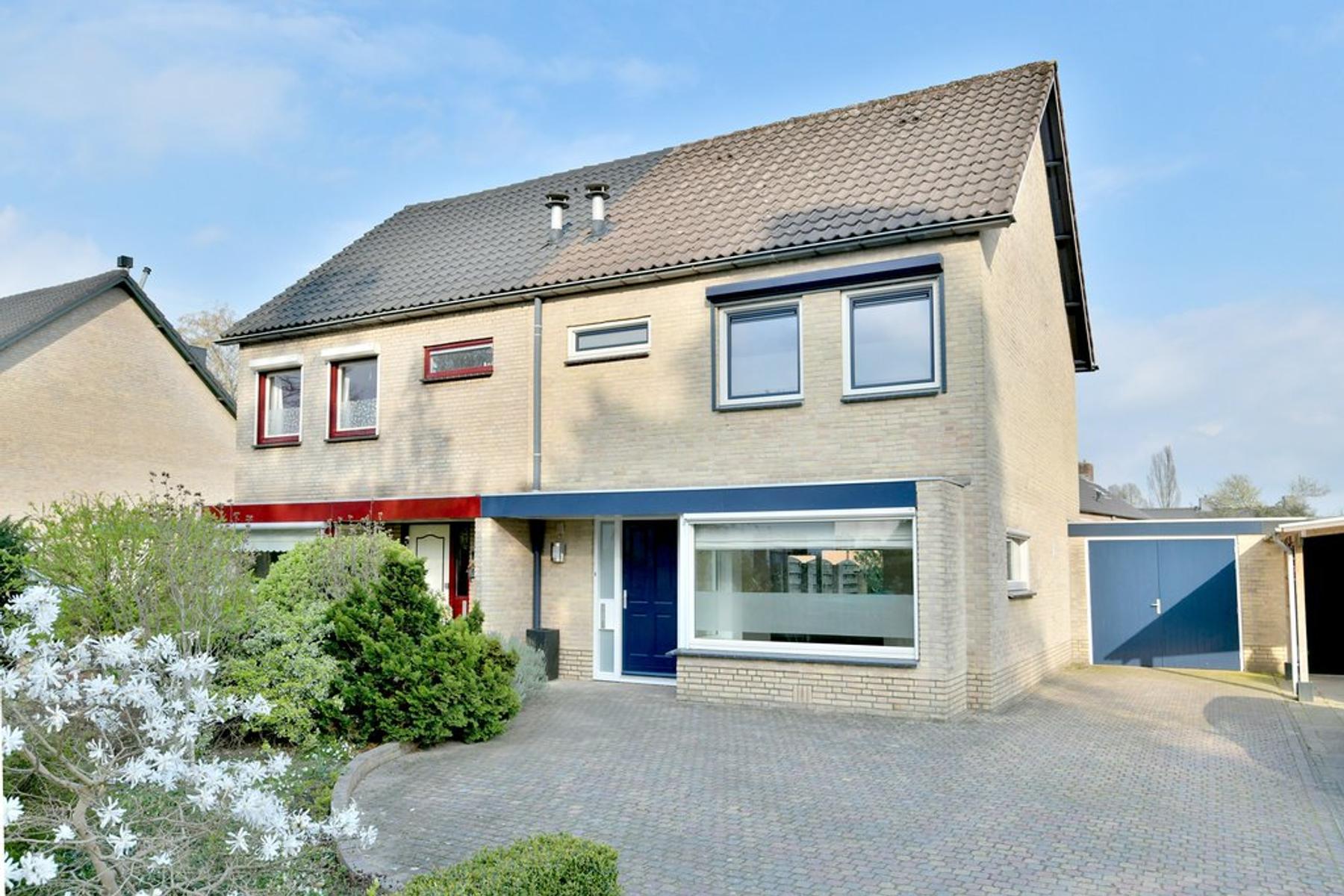 Zutphensestraat 100 in Brummen 6971 ES