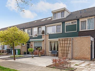 Zoutlaan 60 in Oudenbosch 4731 MK