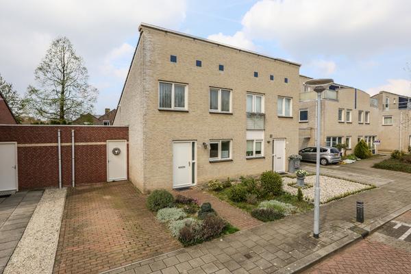 Honingklaver 38 in Venlo 5913 DH