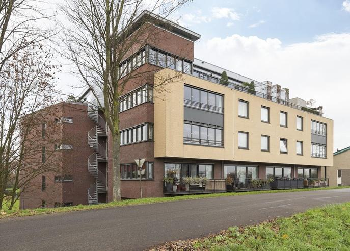 Rietbaan 24 . in Huissen 6851 MP