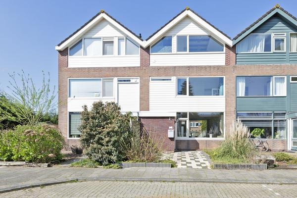 Van Goghstraat 43 in Reeuwijk 2811 VZ