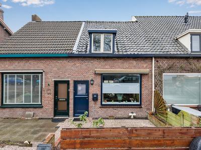 Rijksstraatweg 370 in Ridderkerk 2988 BS