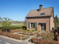 Maasdijk 126 in Veen 4264 AR