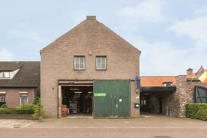 Pastoor Van Schijndelstraat 28 A,B,C in Erp 5469 PT
