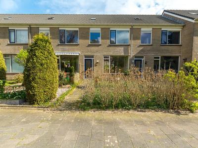 Eikendreef 29 in Ridderkerk 2982 CH