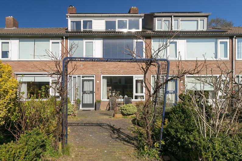 Wegalaan 11 in Groningen 9742 NA