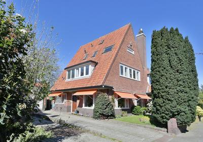 Nassaulaan 56 in Hilversum 1213 BD
