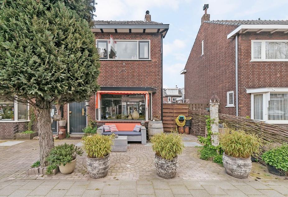 De Merodestraat 17 in Rotterdam 3077 AK