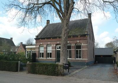 Julianastraat 13 in Vlijmen 5251 EC