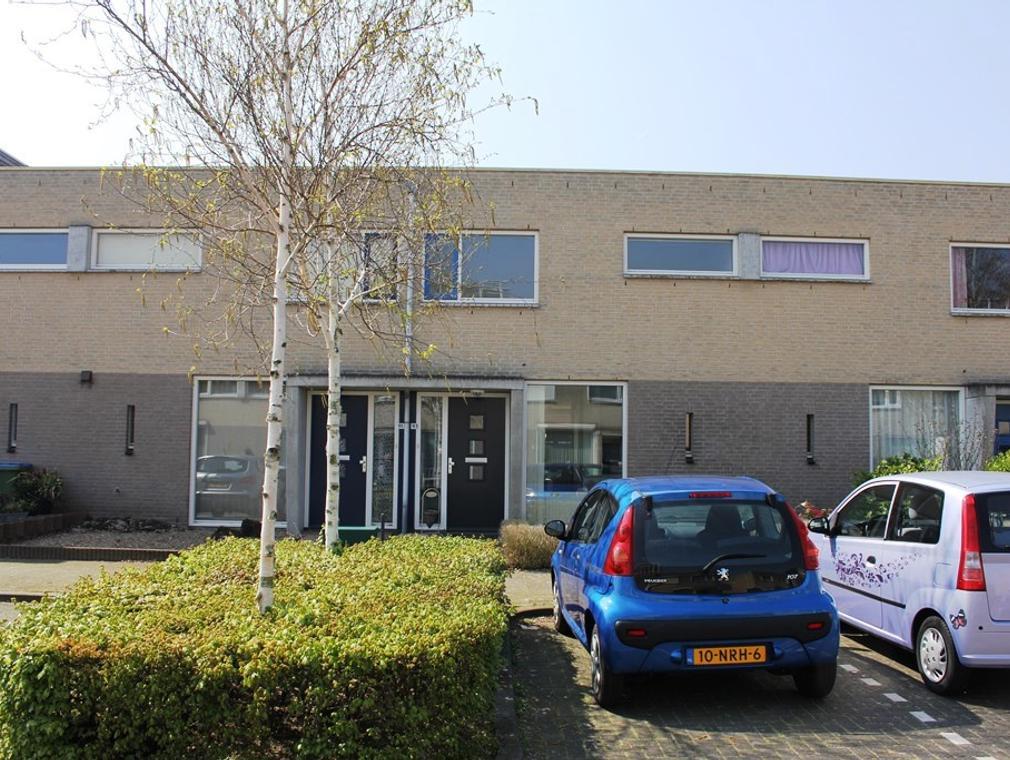 Lisdodde 93 in Breda 4823 MB