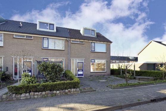 Lindenlaan 46 in Zuid-Scharwoude 1722 XD