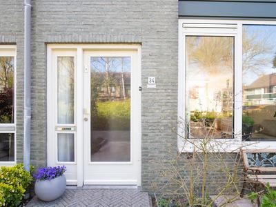 Van Limburg Stirumlaan 34 in Woerden 3445 CE