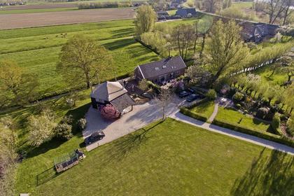 Lingedijk 135 in Oosterwijk 4163 LJ