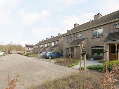 Betsy Trompetterstraat 23 in Coevorden 7741 RZ