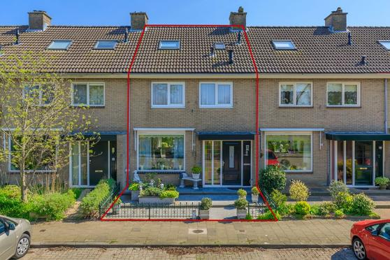 Leharstraat 8 in Lisse 2162 AC