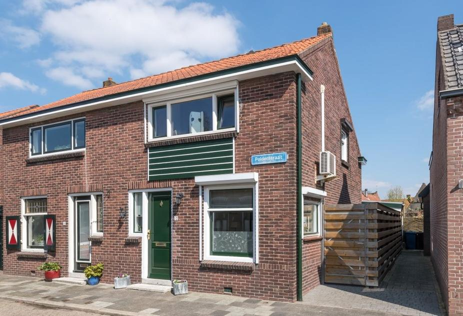 Polderstraat 12 in Sommelsdijk 3245 CR