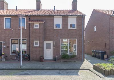 Prof. Van Arkelstraat 45 in 'S-Gravenzande 2691 XM