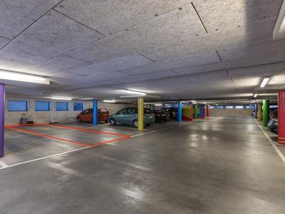 Leusveld 136 in Nieuw-Vennep 2151 JX