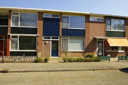 Van Hogendorpstraat 15 in Zutphen 7204 KD