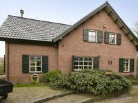 Langstraat 3 in Halsteren 4661 SE