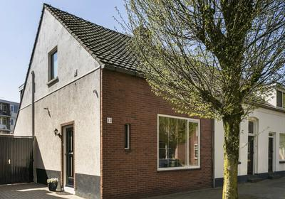 Lekstraat 13 in Enschede 7523 HV