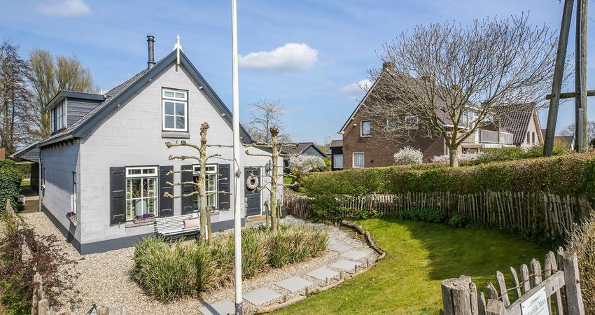 Lekdijk-West 23 in Bergambacht 2861 ER