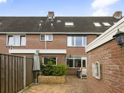 Boskrekel 35 in Deventer 7423 HA
