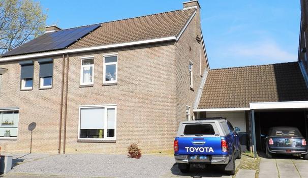 Kasteelstraat 45 in Amstenrade 6436 EC