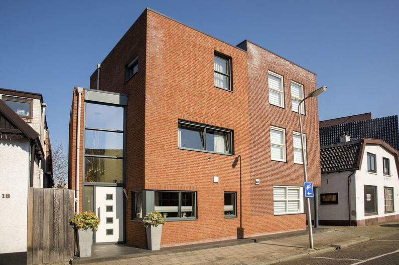 Tuindorpstraat 16 in Hengelo 7551 AT