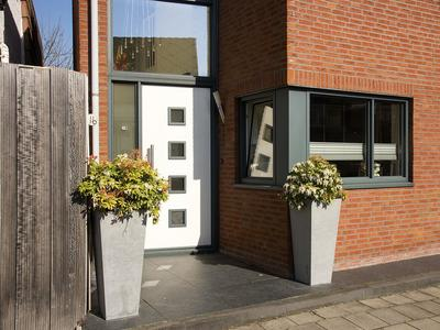 Tuindorpstraat 16 in Hengelo 7551 AT