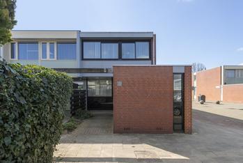 Bertram 53 in Uithoorn 1422 RV