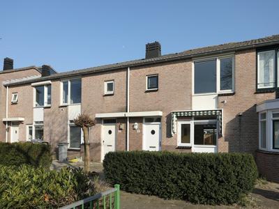 Suze Groeneweghof 14 in Hoofddorp 2135 NK