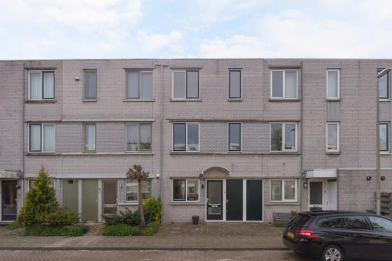Ponyweide 10 in Zoetermeer 2727 HL