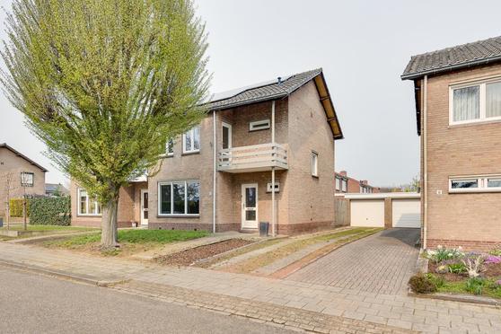 Heuvelstraat 10 in Herkenbosch 6075 BK