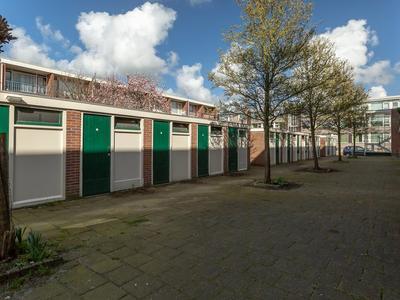 Eksterstraat 7 in Alphen Aan Den Rijn 2406 VG