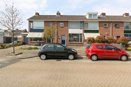 Admiraal Trompstraat 93 in Zwijndrecht 3333 TG