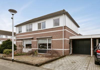 Nemerlaerhof 66 in Helmond 5709 NL