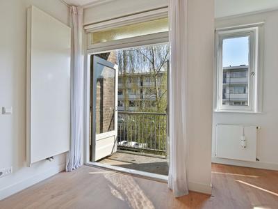 Tweede Helmersstraat 35 Bov in Amsterdam 1054 CC
